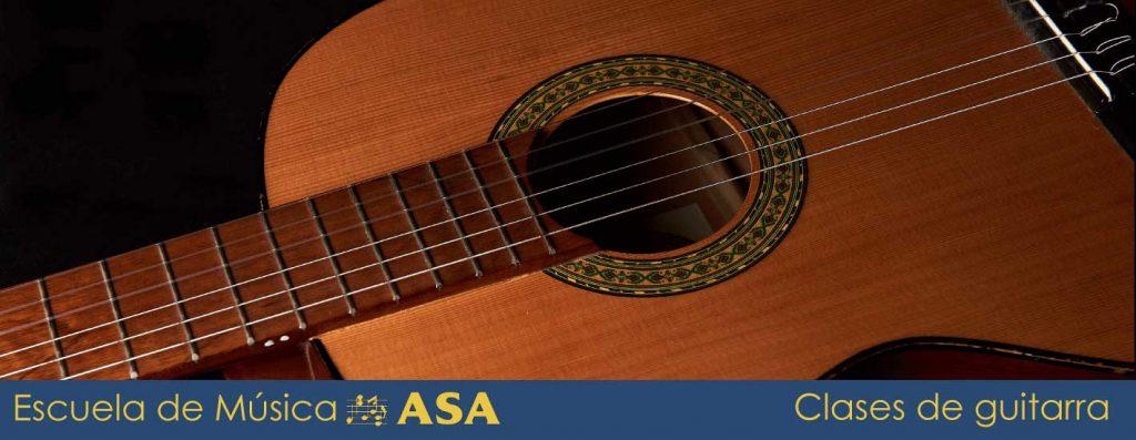 Caja e inicio del mástil de una guitarra