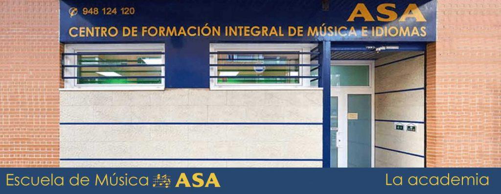 Imagen de la puerta de la Academia de Música ASA, en Pamplona